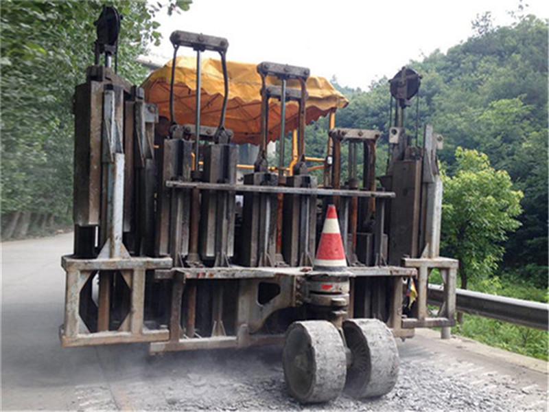 欢迎莅临—漳州长泰县混凝土路面破碎机供货商