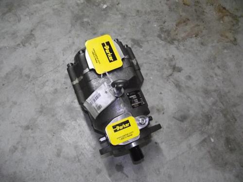 PC1002L4HM22柱塞泵派克新疆